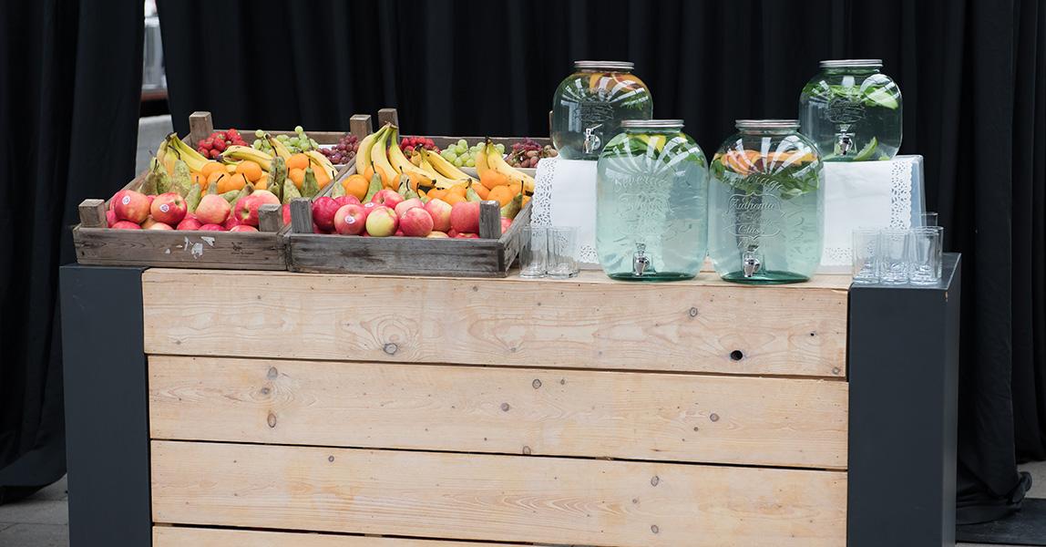 uitvaart afscheidsceremonie fruitbuffet fris water